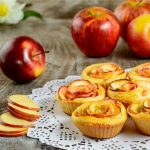 The Best Sauteed Apple Oatmeal Breakfast Roses Recipes We Can Find